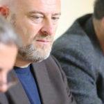 Oskar Freysinger accusé de travailler avec «l'extrême-droite».