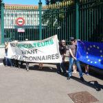 Résistance Helvétique en action devant le siège de l'OMC pour défendre notre agriculture !
